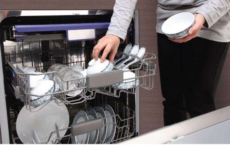 Bát, đĩa rửa xong không được sấy khô