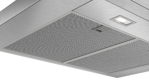 Đánh giá máy hút mùi Bosch DWB77CM50 về thiết kế