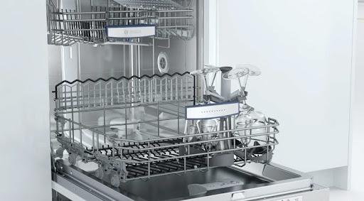 Đánh giá máy rửa bát Bosch SMS88UI36E về thiết kế