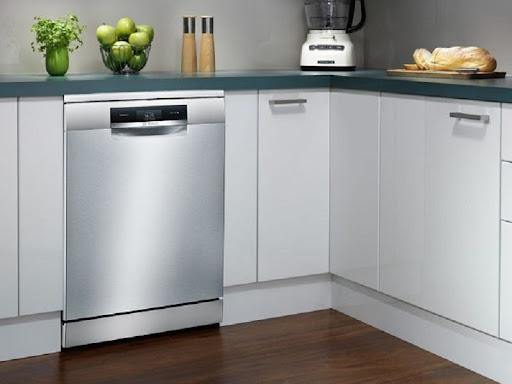 Người tiêu dùng đánh giá máy rửa bát Bosch SMS88UI36E