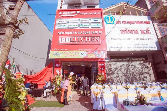 showroom-eukitchen-tai-bac-giang