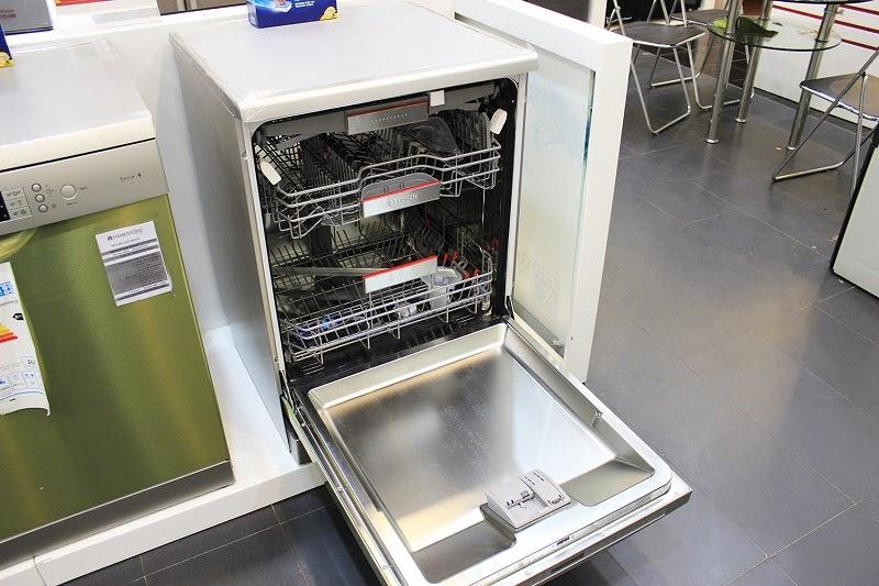 Thông số máy rửa bát Bosch SMS68UI02E